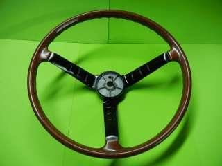 DATSUN 240Z SERIES 1 STEERING WHEEL IN OUTSTANDING SHAPE
