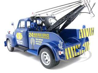 1953 CHEVROLET 3800 TOW TRUCK BLUE 124 MODEL CAR