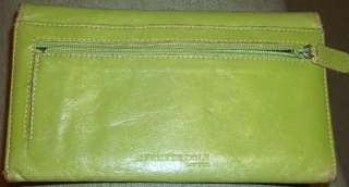 Kenneth Cole NEW YORK pretty LIGHT Green GENUINE LEATHER WALLET