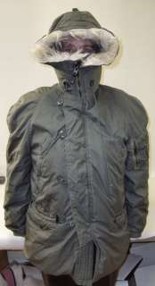 Snappy Auctions of Virginia Beach presents this N 3B USAF Parka with