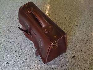 Top Grain Leather Shell Bag, Book Bag