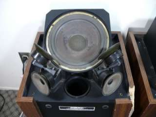 Working Bose 601 Series II Direct Reflecting Speakers