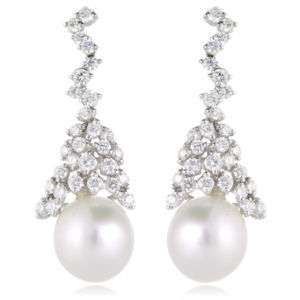 18K WHITE GOLD DIAMOND & PEARL DANGLE EARRINGS