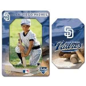 MLB San Diego Padres Magnet   Die Cut Vertical