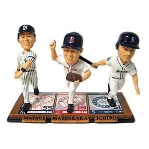 Ichiro Triple Threat Forever Collectibles Bobble Head Sports