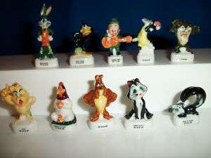 LOONEY TUNES 10 Porcelain FEVES Figures BUGS TAZ DAFFY |