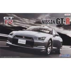 Fujimi   1/24 Nissan GT R R35 (Plastic Model Vehicle