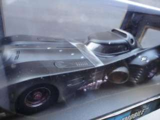 1989 ANTON FURST 1:18 BATTLE DAMAGED BATMOBILE #G3665 & PITTMAN