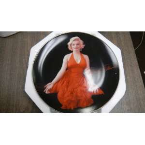 The Bradford Exchange Marilyn Monroe Lady in Red Collection By
