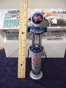 MOBIL OIL CO.  VINTAGE GAS PUMP BANK ! NEW IN BOX ! W/KEY !