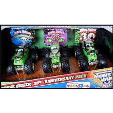 Hot Wheels Monster Jam Grave Digger 30th Anniversary Vehicles 3 Pack