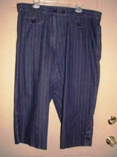 Larry Levine Woman Stretch Jean Capris ~ 24W