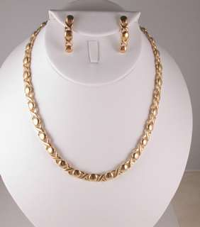 GOLD EP 17.5 NECKLACE BRACELET EARRINGS HUGS & KISSES