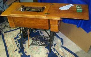27 SPHINX SEWING MACHINE IN TREADLE JULY 21 1908 LONG SHUTTLE SERVICED