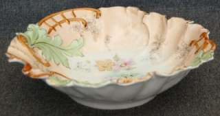ANTIQUE RS PRUSSIA PINK WHT PEACH FLORAL SCALLOPED BOWL