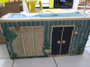 VINTAGE 1962 BARBIES DOLLS DREAM HOUSE W/FURNITURE 60S