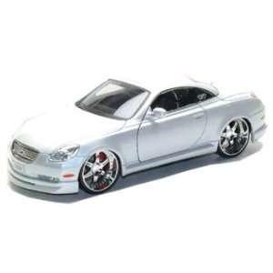Pearl White 118 Custom Diecast Model Car  Toys & Games