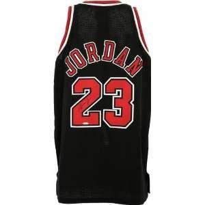 Michael Jordan Chicago Bulls Autographed 1997 1998 Alternate Jersey