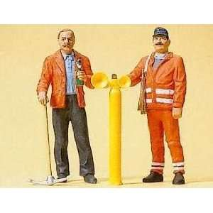 TRACK WORKER & SAFETY GUARD   PREISER G SCALE MODEL TRAIN