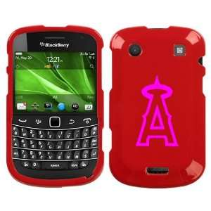BLACKBERRY BOLD 9930 PINK ANGELS ON RED HARD CASE COVER