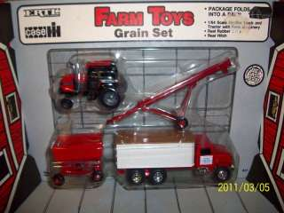 4pc Ertl 1/64 Case IH farm toy tractor grain set