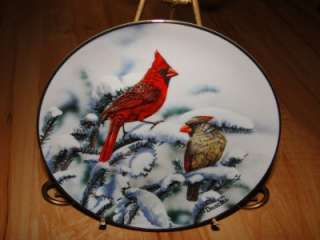 FAVORITE AMERICAN SONGBIRDS Red Cardinals Bird Plate