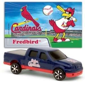 MLB 1:87 Scale Ford F 150 with Team Mascot Sticker   Cardinals (2
