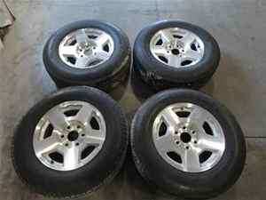 07 Chevrolet Silverado 1500 OEM 17 Wheel & Tire Set
